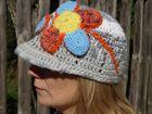 Ručne háčkovaná čiapka - sivá bekovka